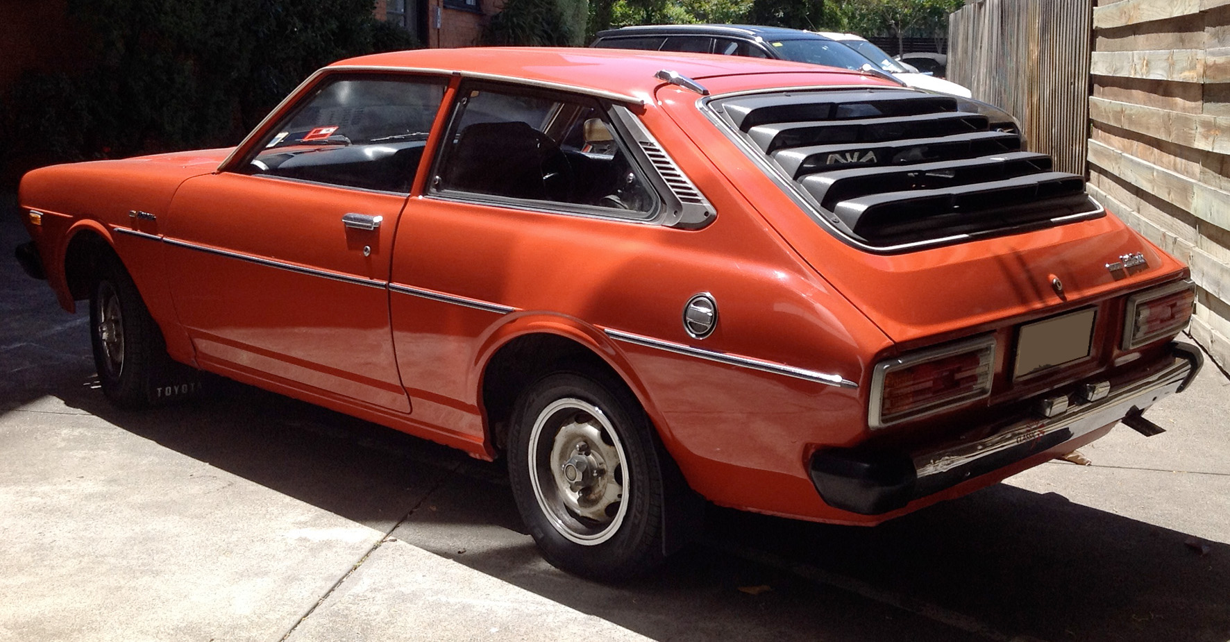 1977 toyota corolla liftback 3 dr star cars agency. Black Bedroom Furniture Sets. Home Design Ideas