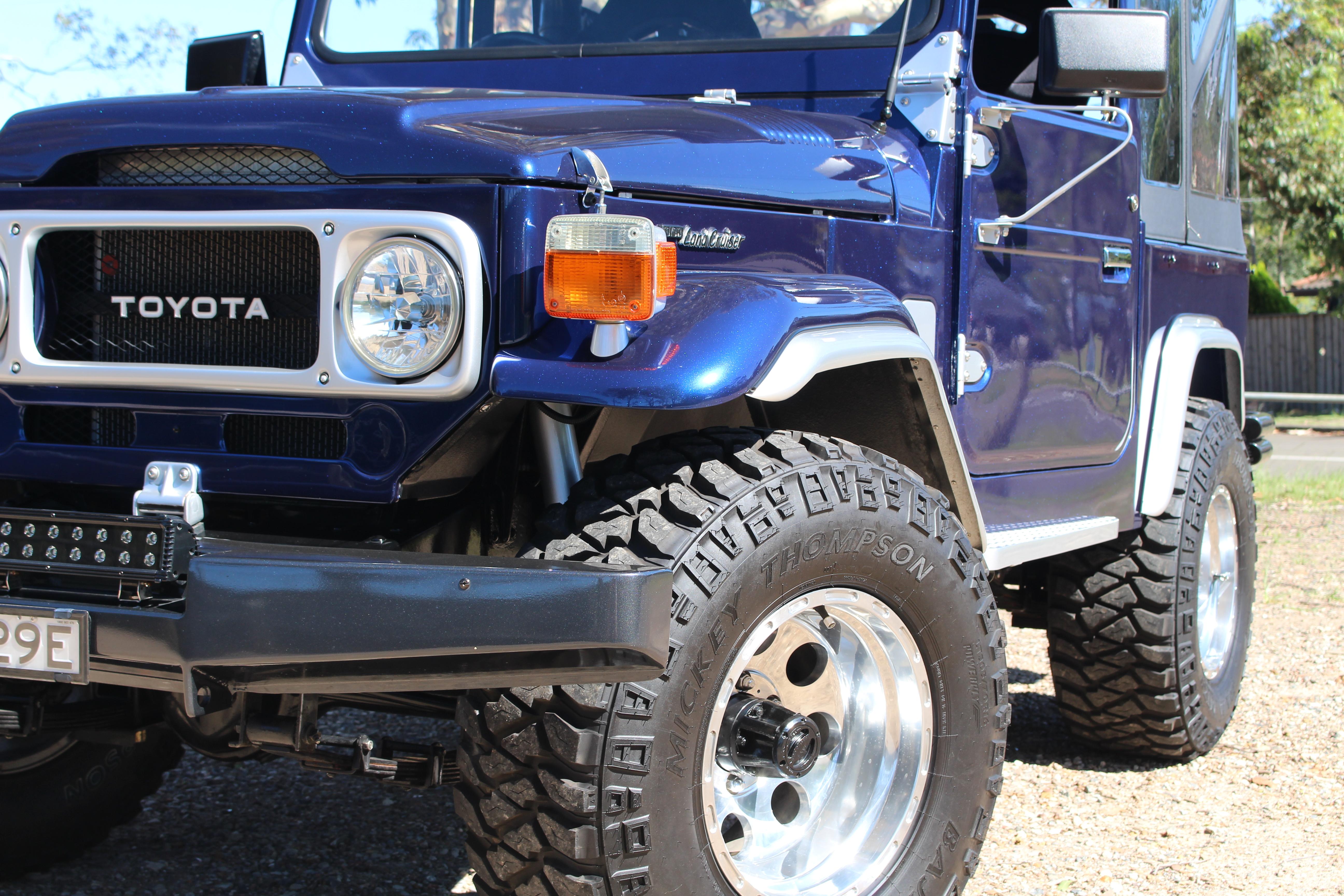 Toyota FJ40 Landcruiser – Star Cars Agency