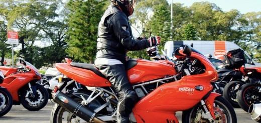 Ducati_SS800_01